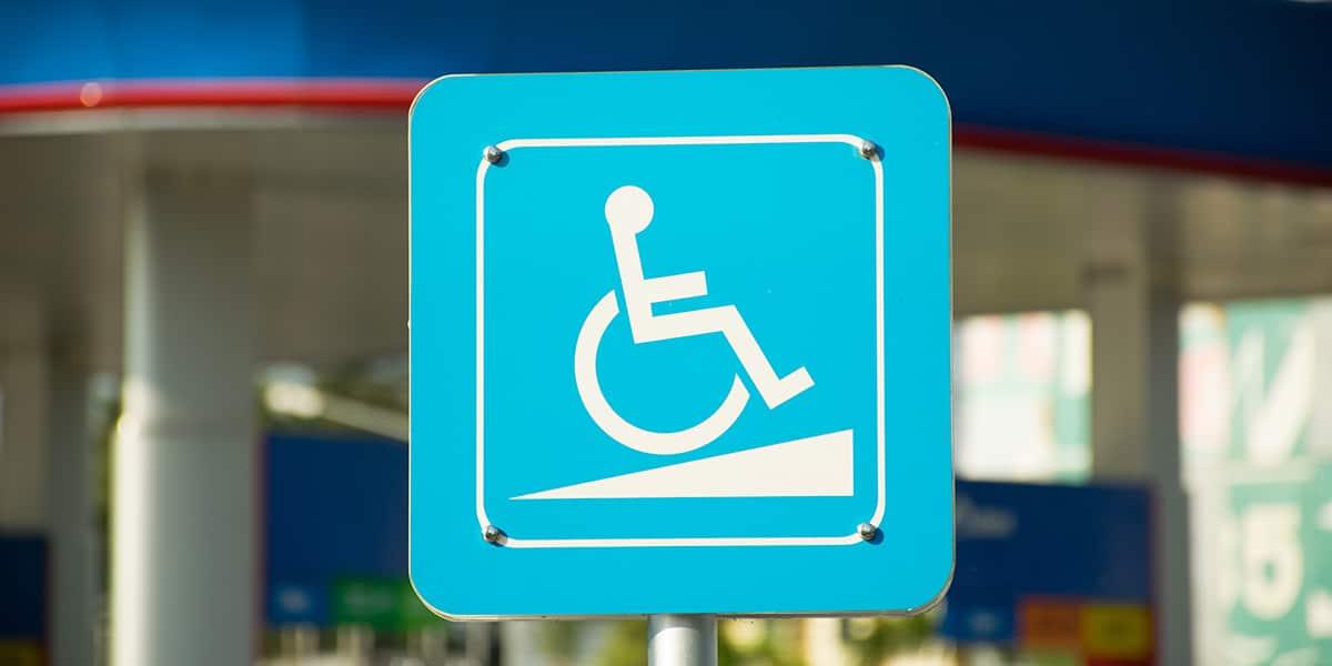 rampa salvaescaleras silla ruedas