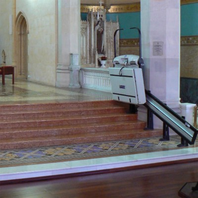 plataforma salvaescaleras escaleras tramo recto vimec v64