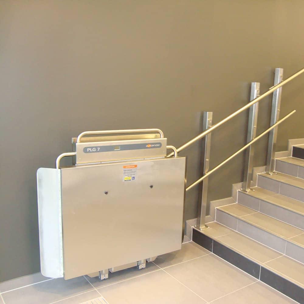 plataforma salvaescaleras escaleras tramo recto plg7 ascendor liftechnik