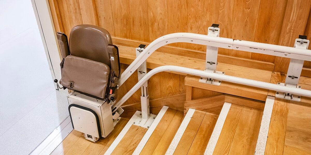 tipos sillas salvaescaleras subescaleras electricas