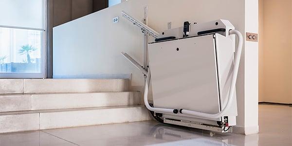elevadores para escaleras sillas plataformas salvaescaleras